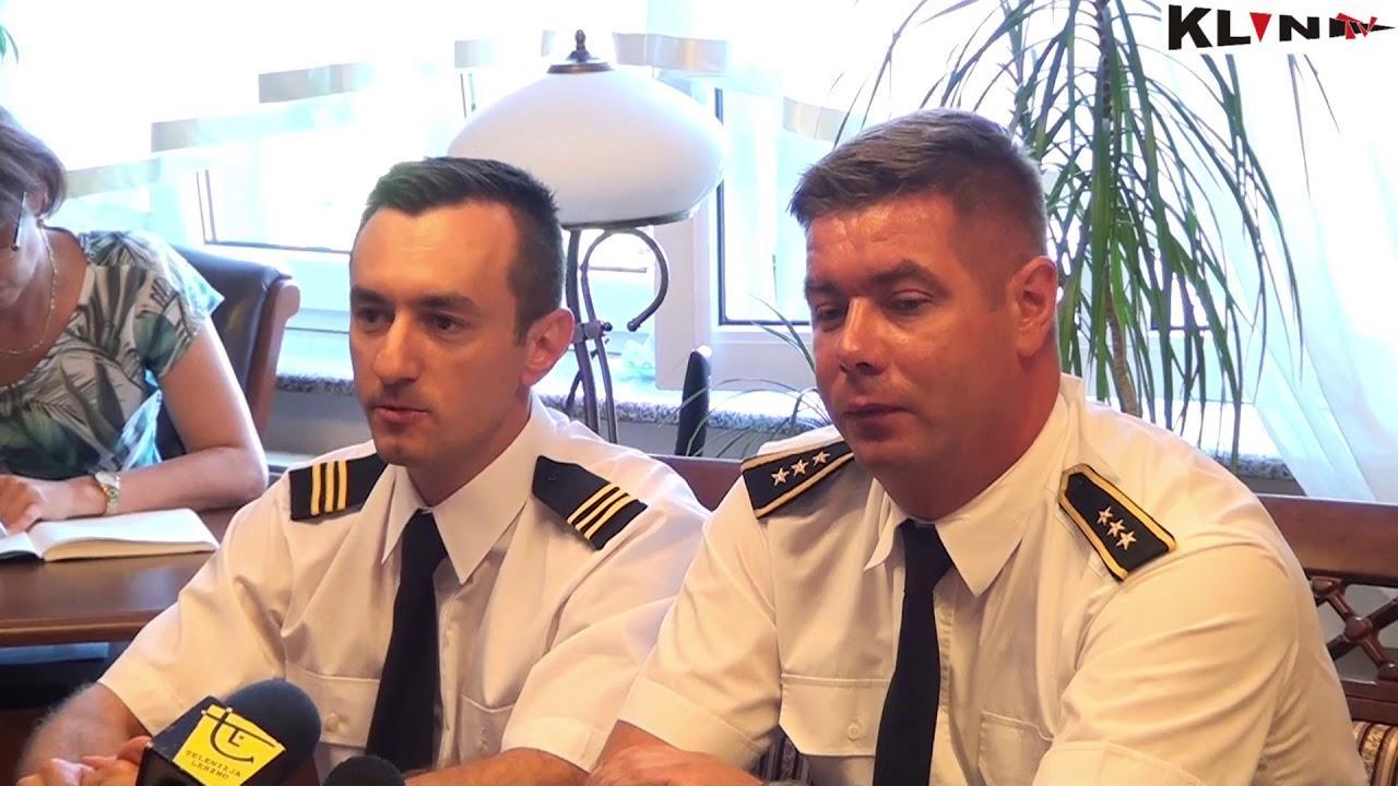 Konferencja prasowa strażaków którzy brali udział w akcji gaszenia pożarów w Szwecji – VIDEO