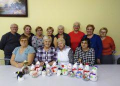 Warsztaty bożonarodzeniowe u seniorek